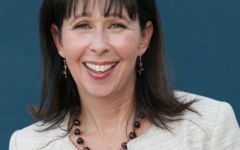 Rochelle Wilcox, VP Communications